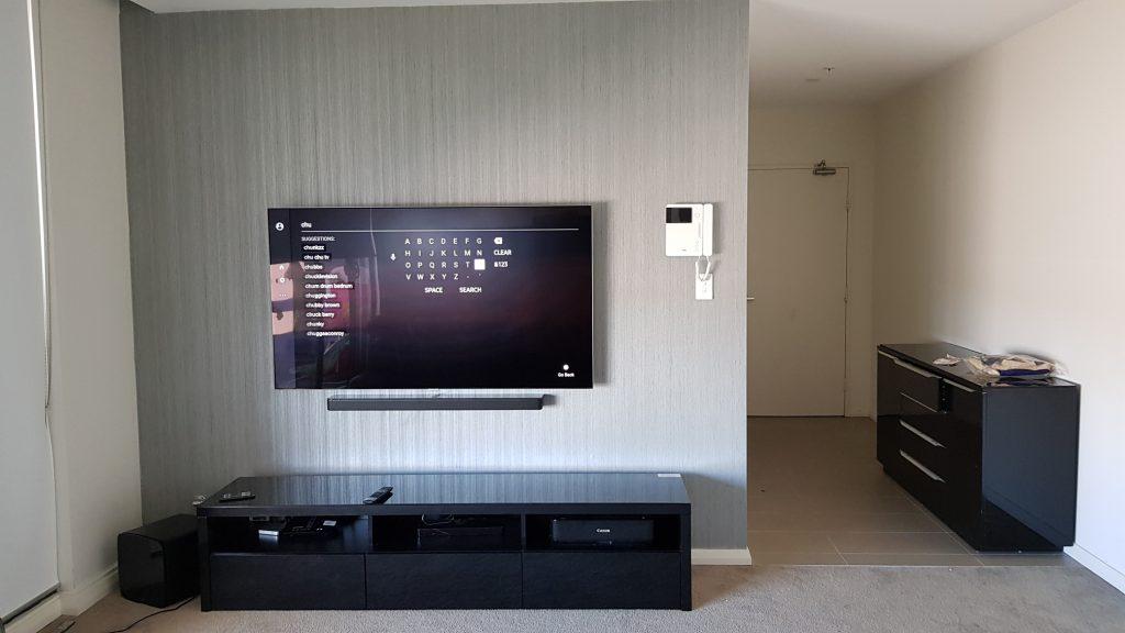 Samsung 55″ QLED TV and Soundbar Mounted on Gyprock - Easy TV