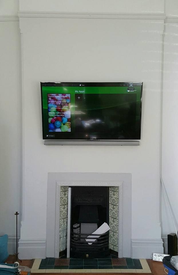soundbar wall mount installation easy tv. Black Bedroom Furniture Sets. Home Design Ideas